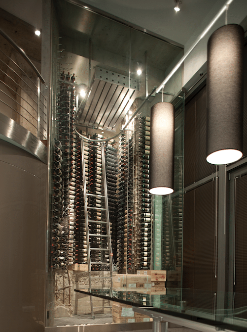 cave vins moderne 800 bouteilles vinum design. Black Bedroom Furniture Sets. Home Design Ideas