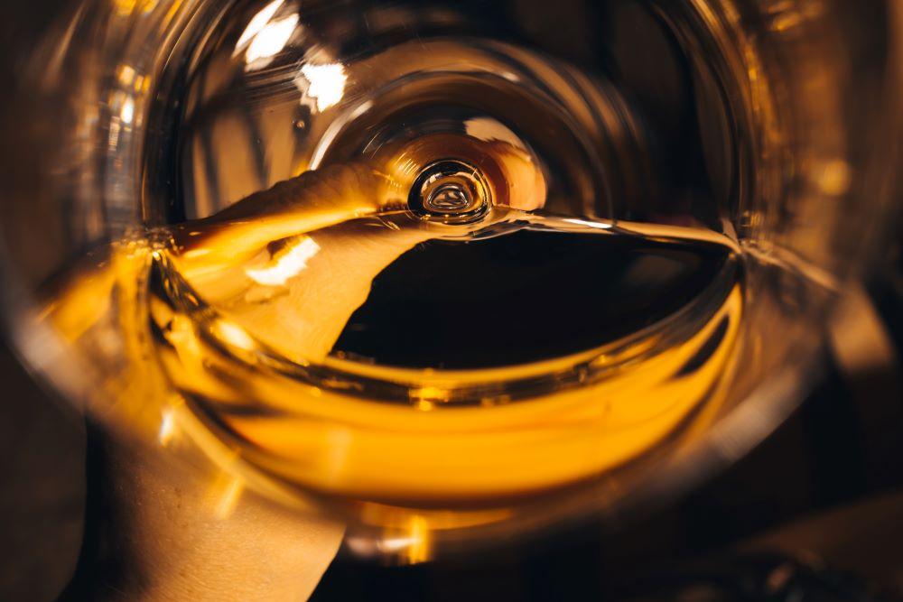Intérieur-verre-de-vin-histoire-du-verre